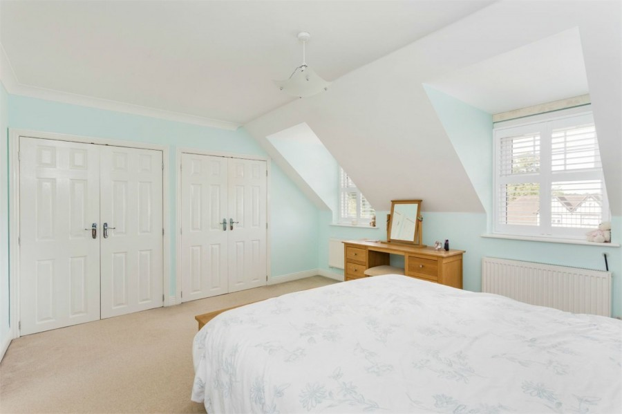 Images for Bond Close, Iver Heath, Buckinghamshire EAID:1107654930 BID:8325406