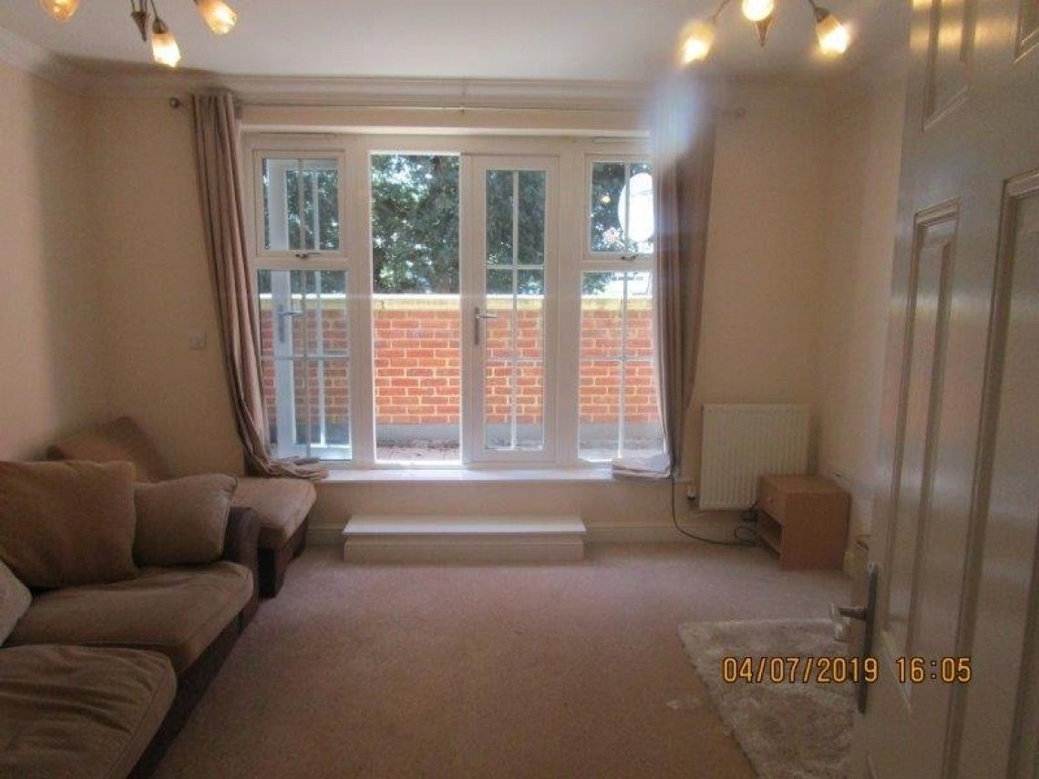 Images for Hayling Close, Slough, Berkshire EAID:1107654930 BID:8325408
