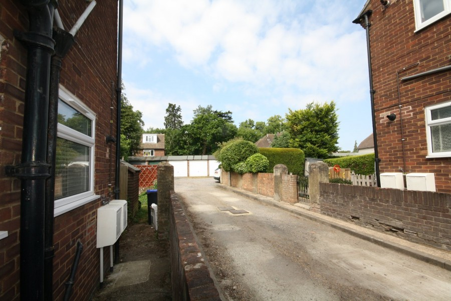 Images for Pinewood Green, Iver, Buckinghamshire EAID:1107654930 BID:8325408